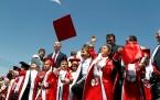 KAHRAMANMARAŞ'TA ÇADIR KENTTE  5 BİN 50 ÖĞRENCİ KARNE SEVİNCİ YAŞADI