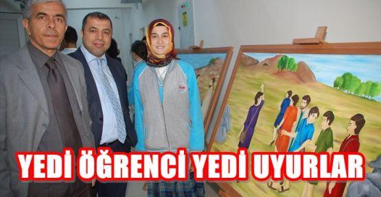 """7 ÖĞRENCİ """"YEDİ UYURLAR""""I 7 TUVAL İLE ANLATTI"""
