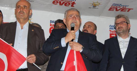 "AK PARTİ  ""EVET"" COŞKUSUNU DEĞERLENDİRDİ"
