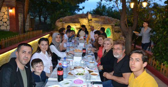 CESUR FM AİLESİ İFTAR'DA BULUŞTU