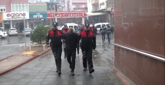 DOLANDIRICILIK ŞEBEKESİ POLİSTEN KAÇAMADI