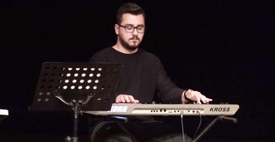 GEZİCİ KÜTÜPHANE'YE ÖVGÜ