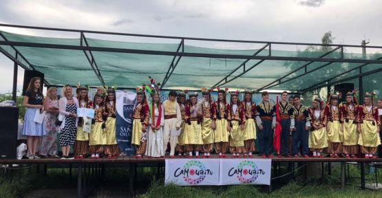 HALK OYUNLARI GRUBU UKRAYNA'DA BİRİNCİ OLDU