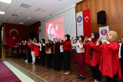 İSTİKLAL ŞAİRİ MEHMET AKİF ERSOY KSÜ'DE  ANILDI