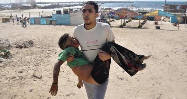 Katil İsrail Çocukları Böyle Vurdu...