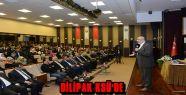 ABDURRAHMAN DİLİPAK KSÜ'DE ÖĞRENCİLERLE...