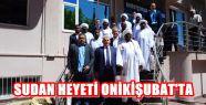 """SUDAN HEYETİNİN """"TÜRK BAYRAĞI"""" SEVGİSİ"""