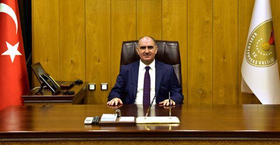 VALİ  ÖZKAN'IN KURTULUŞ BAYRAMI 100. YIL MESAJI